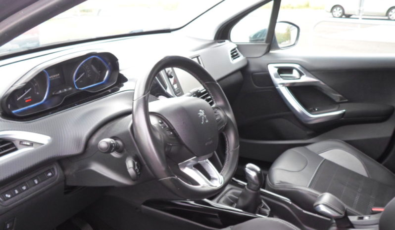 PEUGEOT 2008 eHDI 92 ALLURE complet