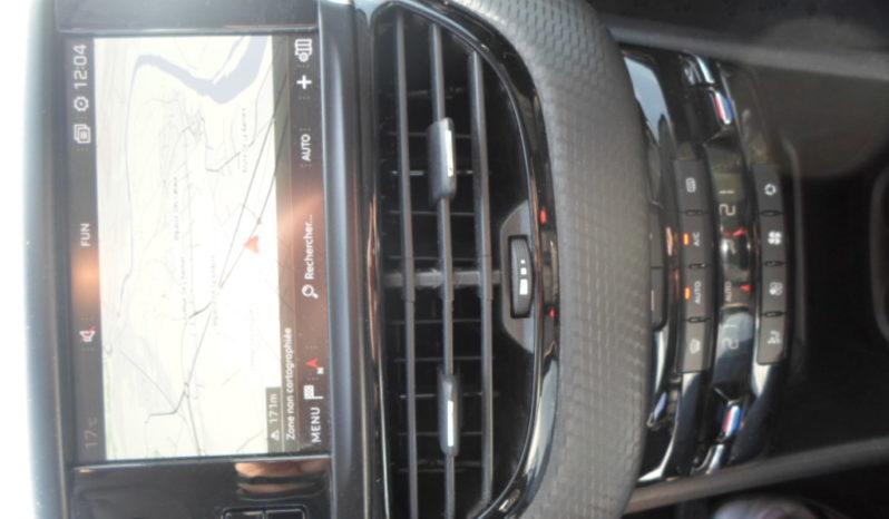 Peugeot 2008  Allure bHDi 120 Start & Stop + Attelage complet
