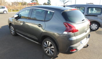 Peugeot 3008 PHASE 2 1.6 HDi 115cv STYLE ATTELAGE complet