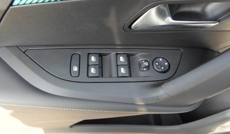 Nouvelle 2008 PureTech 100 Allure Pack complet