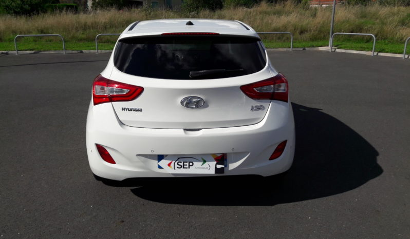 Hyundai i30 1.6 CRDi 110cv CAMERA GPS GO BRASIL BT RADAR AR complet