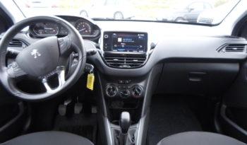 Peugeot 208 PureTech 82 GPS RADAR AR ACTIVE CLIM complet